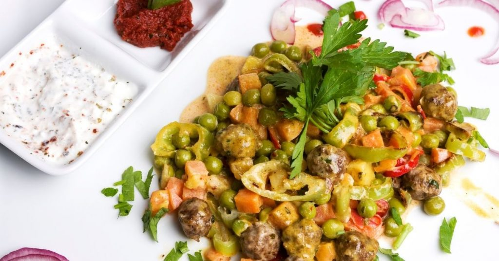 Meatballs with curry sauce recipe